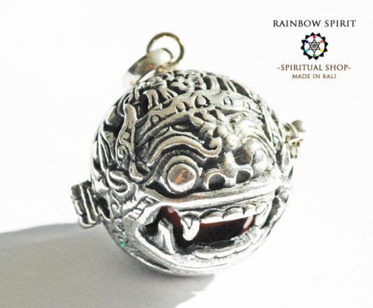 [Silver925]バリ島の神様「バロン」の中身が取り出せるシルバーペンダント(レッドジャスパー)