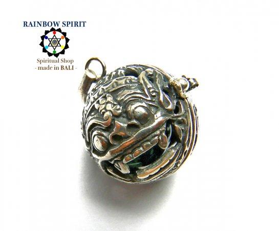 [Silver925]バリ島の神様「バロン」の中身が取り出せるシルバーペンダント(アベンチュリン)