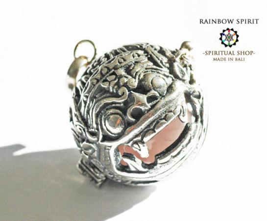 [Silver925]バリ島の神様「バロン」の中身が取り出せるシルバーペンダント(ローズクォーツ)