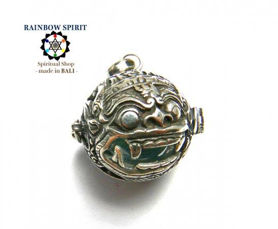 [Silver925]バリ島の神様「バロン」の中身が取り出せるシルバーペンダント(クリスタル/水晶)