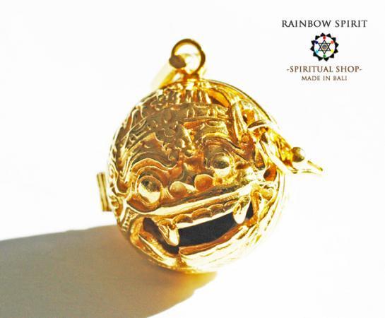 [K24RGP]バリ島の神様「バロン」の中身が取り出せる純金コーティングペンダント(スモーキークォーツ)
