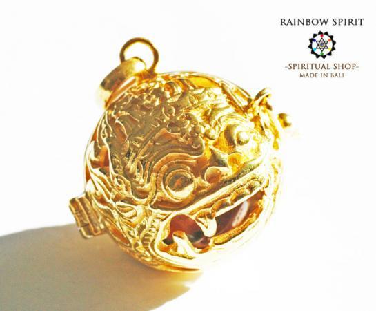 [K24RGP]バリ島の神様「バロン」の中身が取り出せる純金コーティングペンダント(ウナカイト)