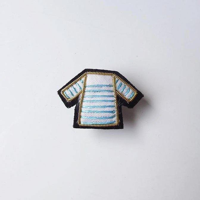 Fil D'araignee 刺繍ピンバッジ 6