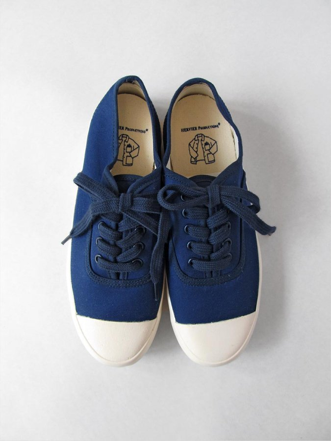 <img class='new_mark_img1' src='https://img.shop-pro.jp/img/new/icons16.gif' style='border:none;display:inline;margin:0px;padding:0px;width:auto;' />MILITARY OXFORD SNEAKER 1