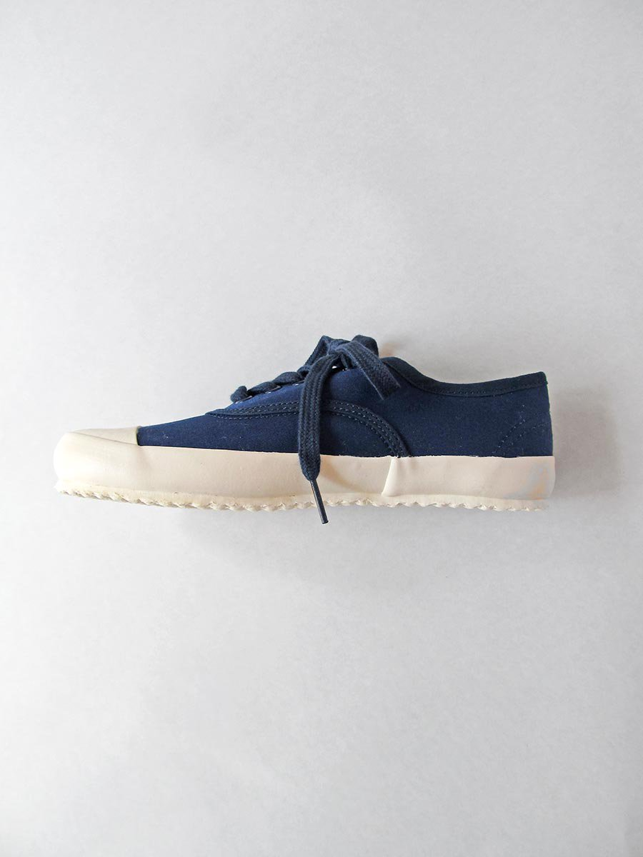 <img class='new_mark_img1' src='https://img.shop-pro.jp/img/new/icons16.gif' style='border:none;display:inline;margin:0px;padding:0px;width:auto;' />MILITARY OXFORD SNEAKER 3
