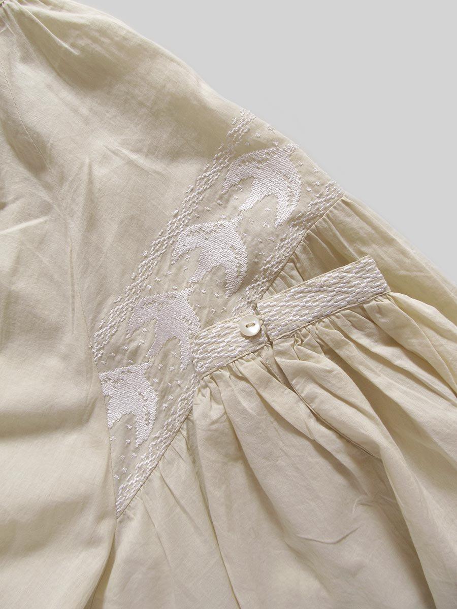 鳥の刺繍ブラウス(2020 Spring Collection) 17
