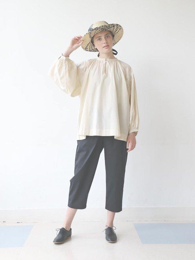 鳥の刺繍ブラウス(2020 Spring Collection) 18