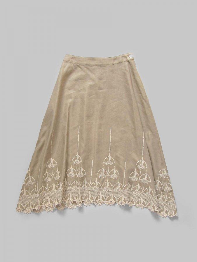 エンブロイダリースカート(2020-21 Autumn Collection) 1