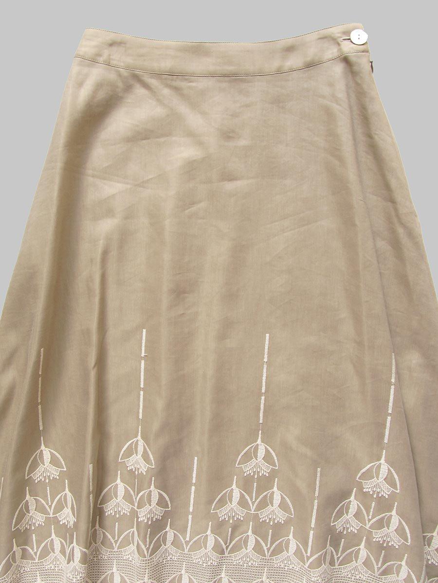 エンブロイダリースカート(2020-21 Autumn Collection) 3