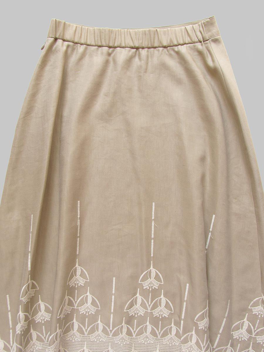 エンブロイダリースカート(2020-21 Autumn Collection) 4