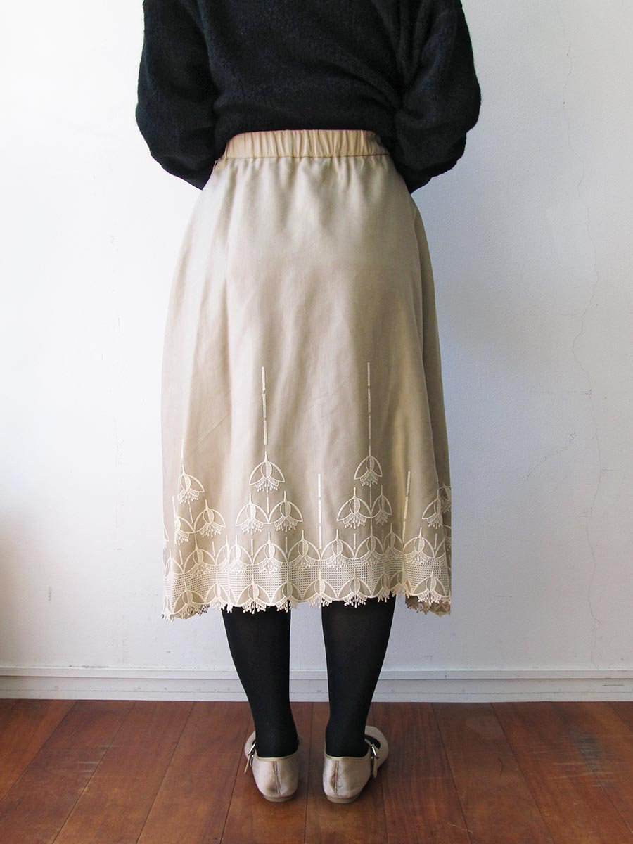 エンブロイダリースカート(2020-21 Autumn Collection) 7