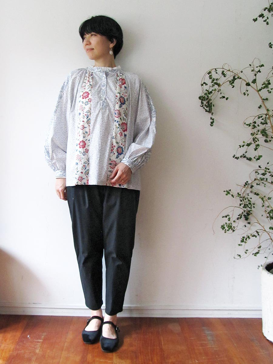 LIBERTY PRINTコンビネーションブラウス(2021 Pre-Spring Collection) 10