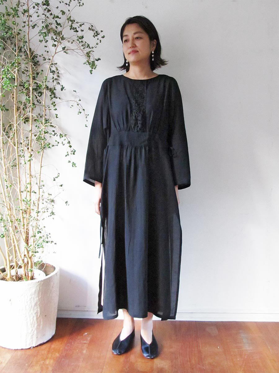 プチフルールサイドスリットドレス(2021 Spring Collection) 19