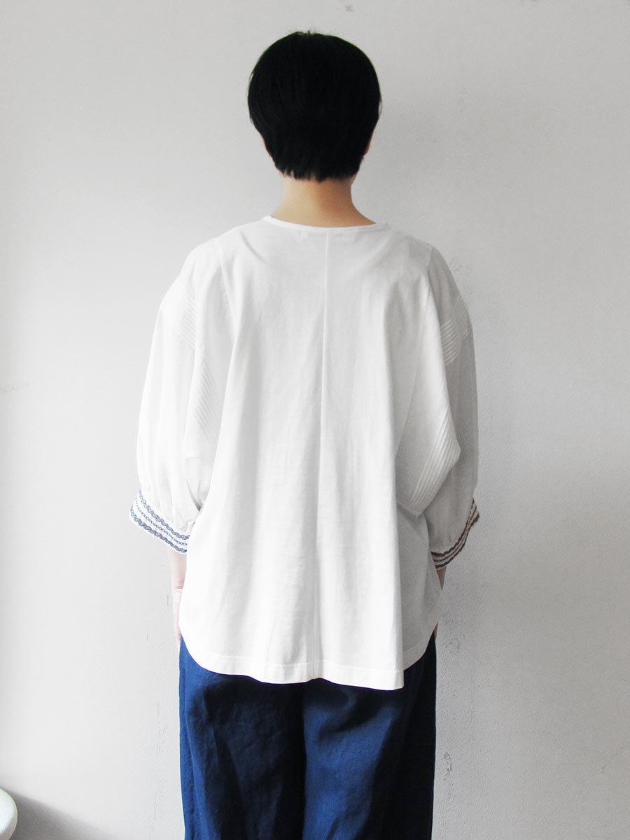 ピンタック×刺繍プルオーバー(2021 Summer Collection) 7