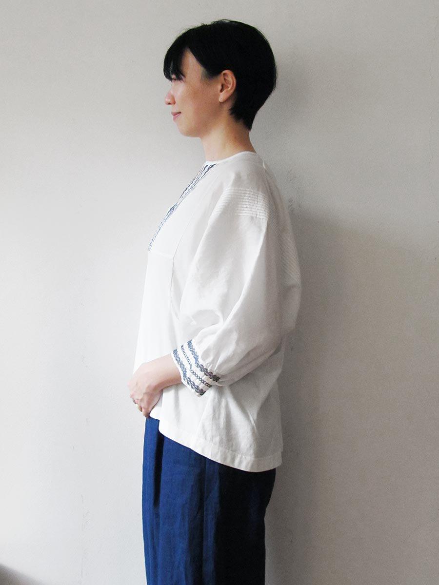 ピンタック×刺繍プルオーバー(2021 Summer Collection) 8