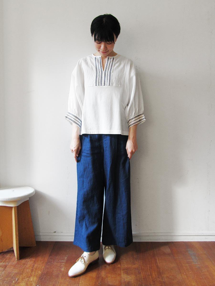 ピンタック×刺繍プルオーバー(2021 Summer Collection) 9