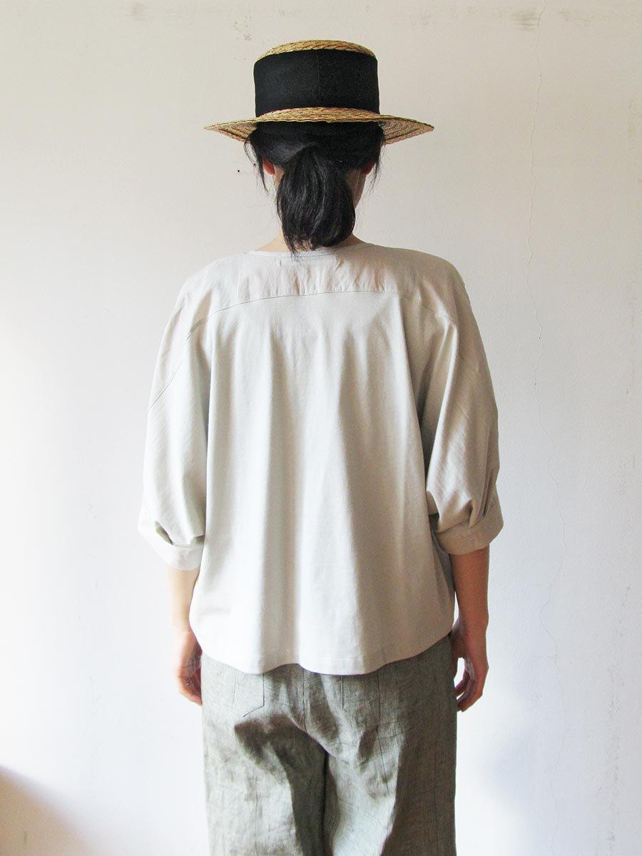 ピンタック×刺繍ブラウス(2021 Summer Collection) 19
