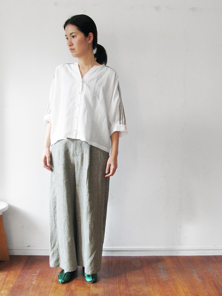 ピンタック×刺繍ブラウス(2021 Summer Collection) 6
