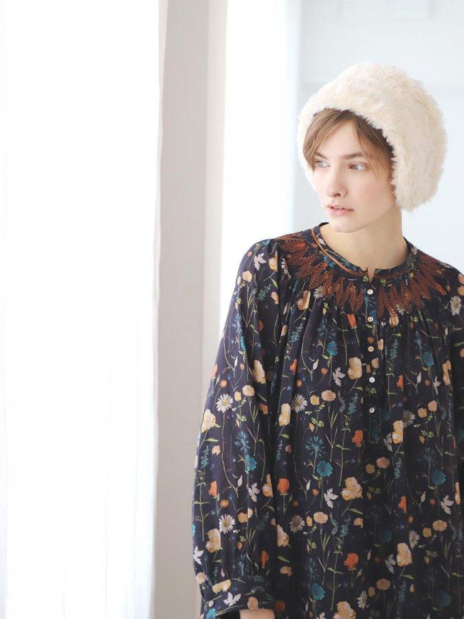LIBERTY PRINTスモッキング刺繍ドレス(2021-22 Autumn Winter Collection) 1