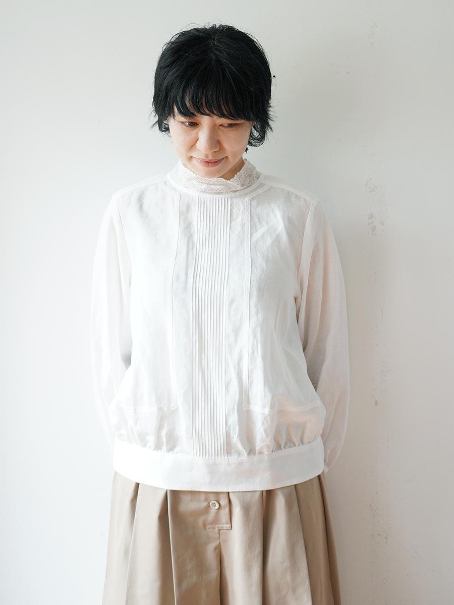 レースカラーブラウス(2021-22 Autumn Winter Collection) 16