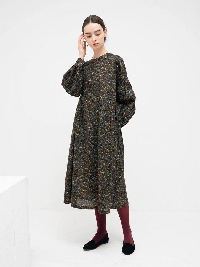 LIBERTY PRINTギャザースリーブドレス(2021-22 Autumn Winter Collection) 1