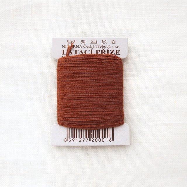 チェコのコットン糸  どんぐり色