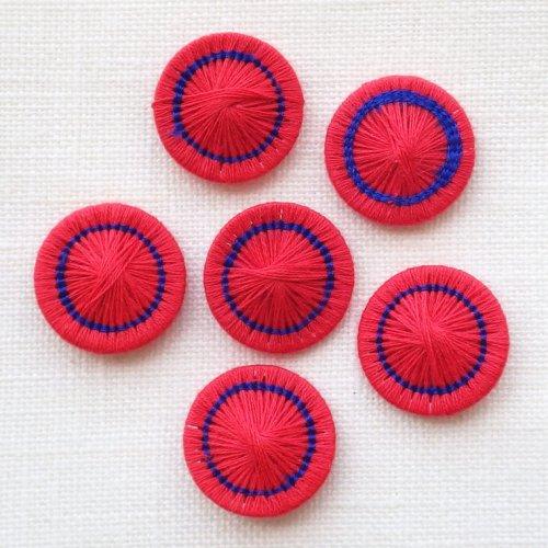 チェコの糸ボタン 赤/青