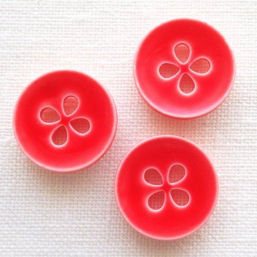 ボタン 四つ葉赤