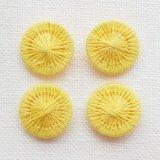 チェコの糸ボタン13mm 黄色