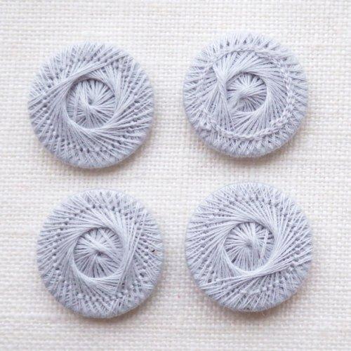 チェコの糸ボタン18mm コシーク グレー