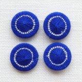 チェコの糸ボタン13mm青と白