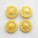 チェコの糸ボタン13mm黄色とグレー