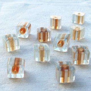 【16個】ガラスのキューブビーズ ベージュ・水色・白  チェコ製