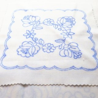 ハンガリー刺繍図案入りクロス/オールドカロチャの図案