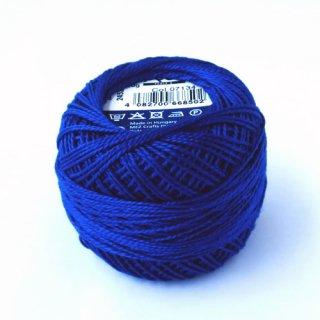 ハンガリー刺繍用刺繍糸 puppets perle cotton 8    濃いブルー