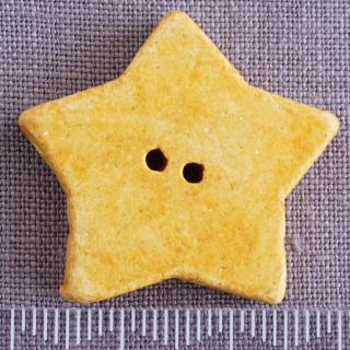 黄色い星の大きいボタン ドイツ製
