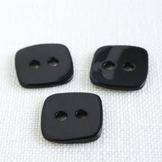 四角い貝ボタン 黒