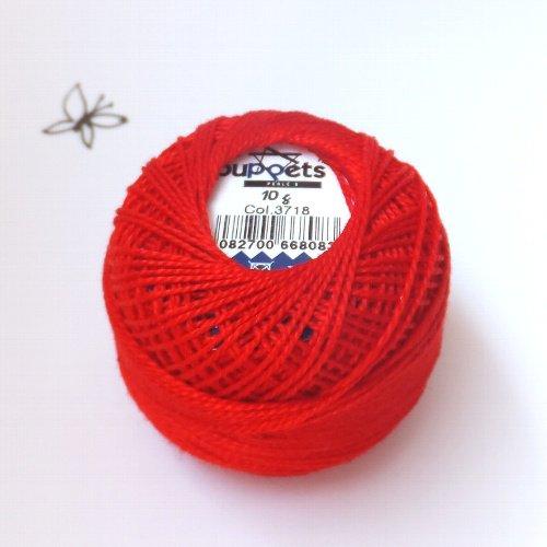 ハンガリー刺繍用刺繍糸 puppets perle cotton 8    赤