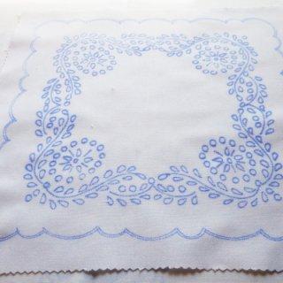 ハンガリー刺繍図案入りクロス/カラディ・パターン