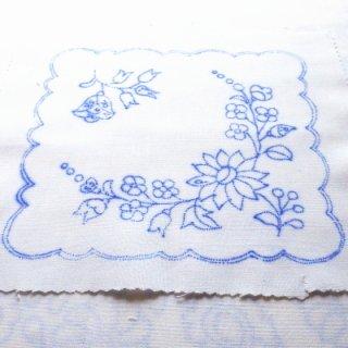 ハンガリー刺繍図案入りクロス/カロチャの図案