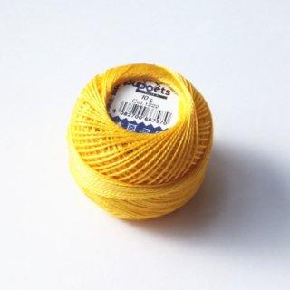 ハンガリー刺繍用刺繍糸 puppets perle cotton 8    薄黄色