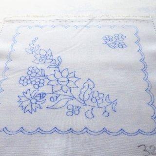 ハンガリー刺繍図案入りクロス /カロチャの図案