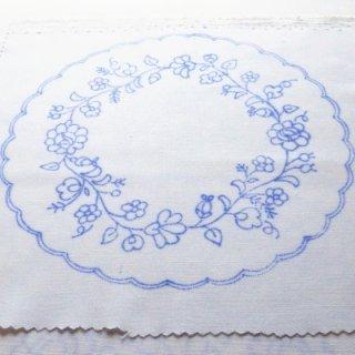 ハンガリー刺繍図案入りクロス ラウンド