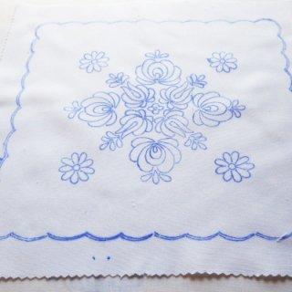 ハンガリー刺繍図案入りクロス マチョーの図案