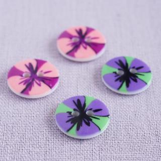ボタン 花模様