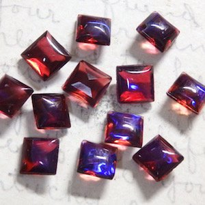Dragon's Breath (Mexican Opal) pointed back stone square 7×7mm