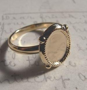 指輪セッティング・10×8ミリ