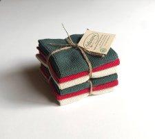 キツネの陶器のジャグ