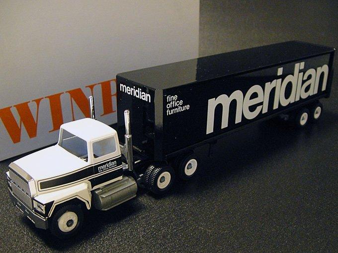 【送料無料】★70'sアメリカンオフィス家具メリディアン・ウィンロス社製ミニチュアトレーラー