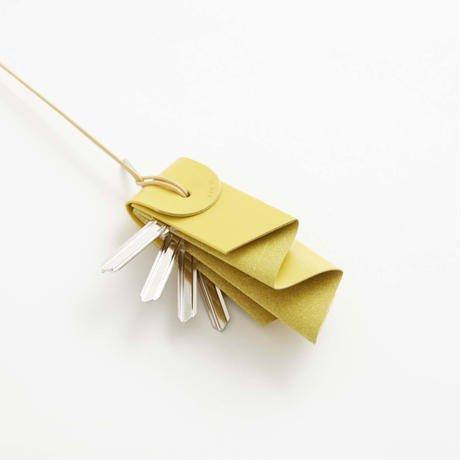 irose (イロセ) aurora key holder yellow 取り出しやすく収納されている